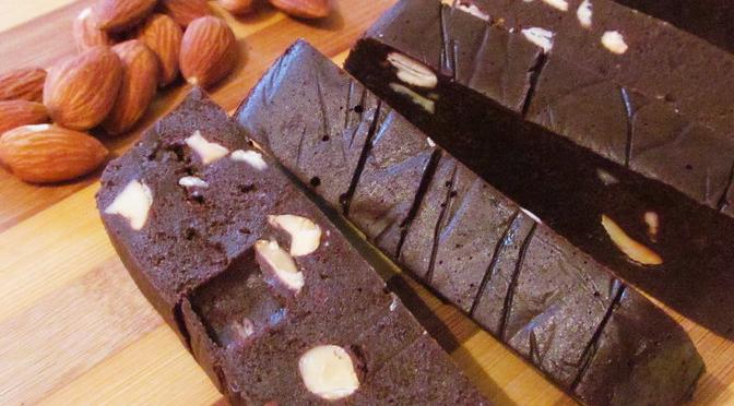 Ciocolată de casă cu migdale