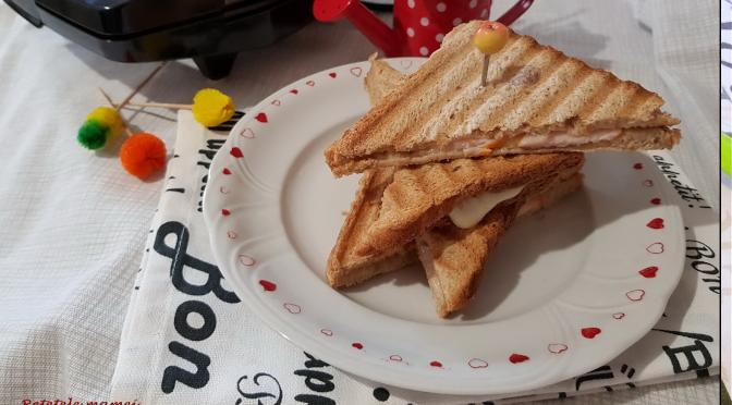Cel mai simplu Sandviș cald