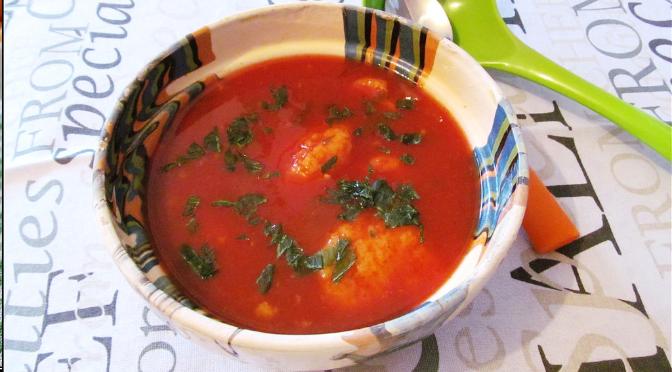 Supă de bulion cu găluște de griș